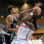 Victor Wembanyama (16 ans, 218cm) frappe fort pour son premier match en N1 : 22 points, 10 rebonds, 7 contres